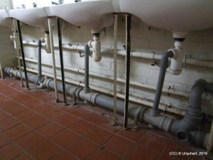 hut-53-int-pipework