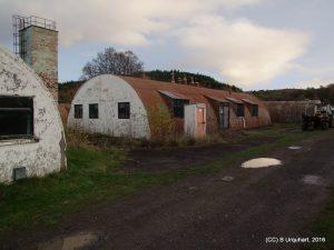hut-83-ext-west
