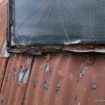 hut-50-ext-window-frame-detail-damage